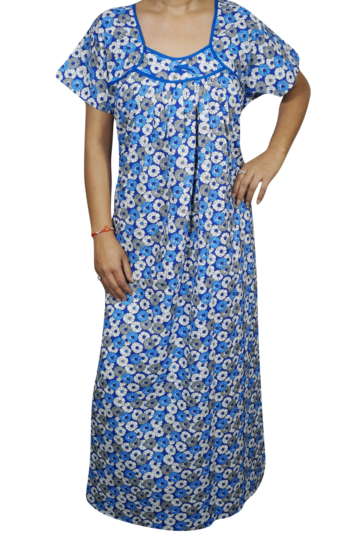 e011069d9b Look good and feel relaxed by wearing this Printed Sleepwear. Made of the  best quality Cotton fabric